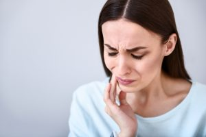 Your dentist in Fort Worth repairs fractured teeth